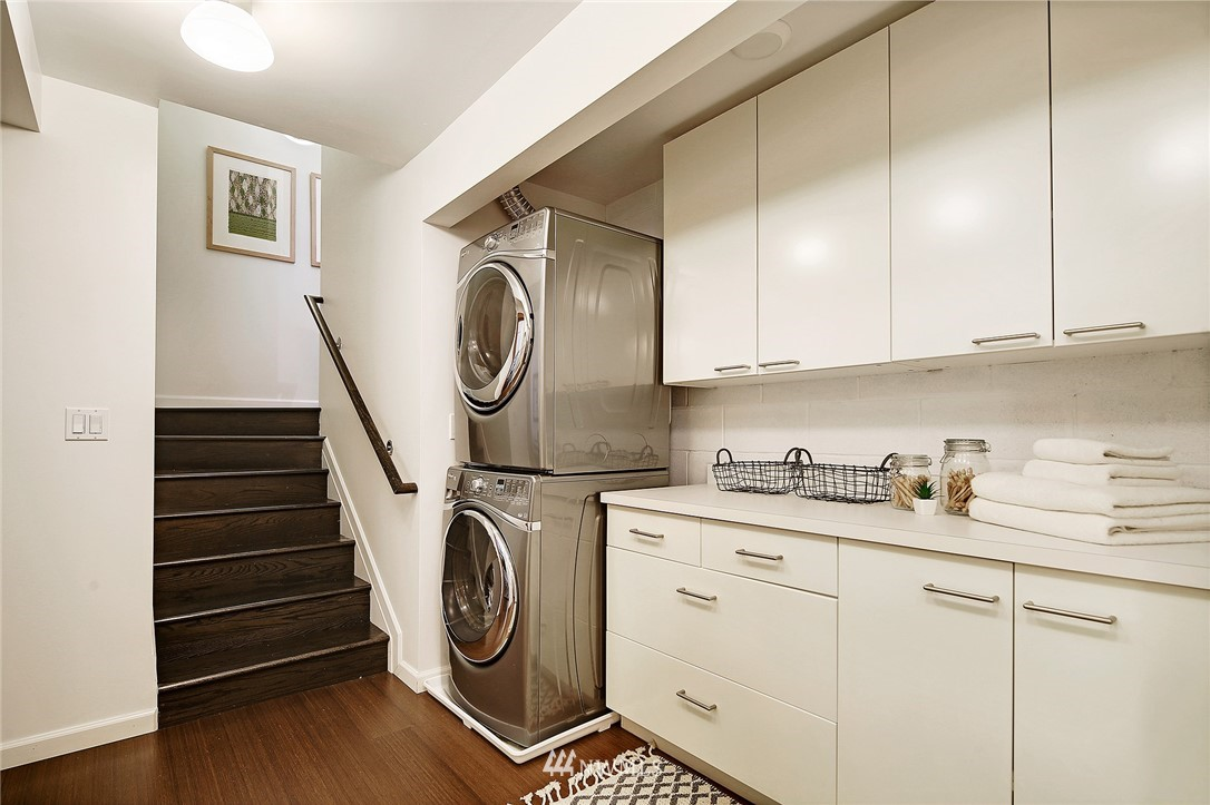 Sold Property | 1548 15th Avenue E Seattle, WA 98112 18