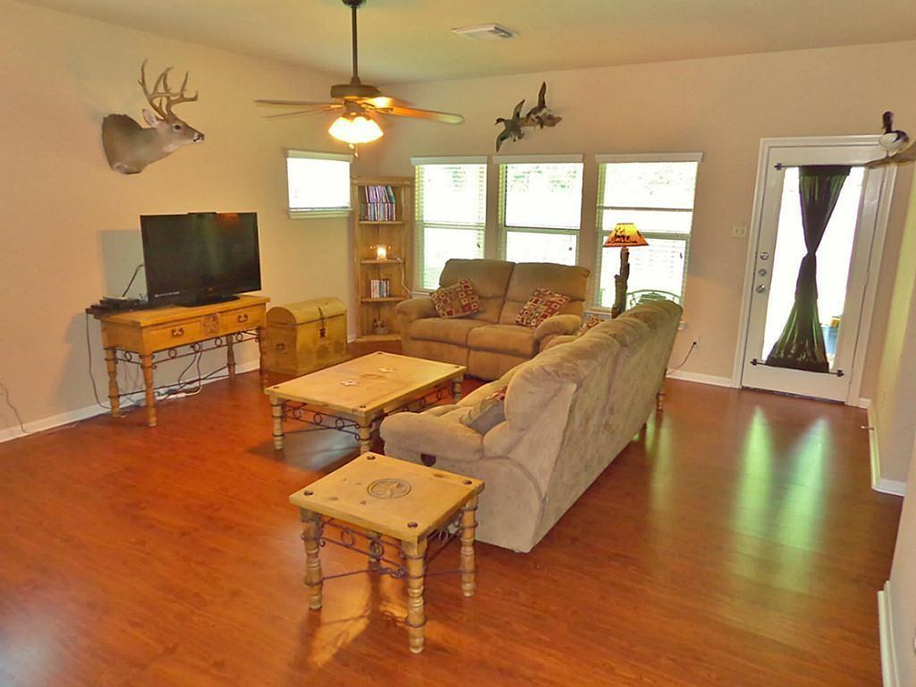Option Pending   201 Summer Pine Court Conroe, Texas 77304 3