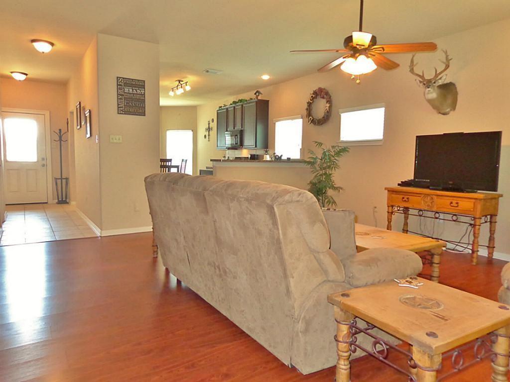 Option Pending   201 Summer Pine Court Conroe, Texas 77304 4