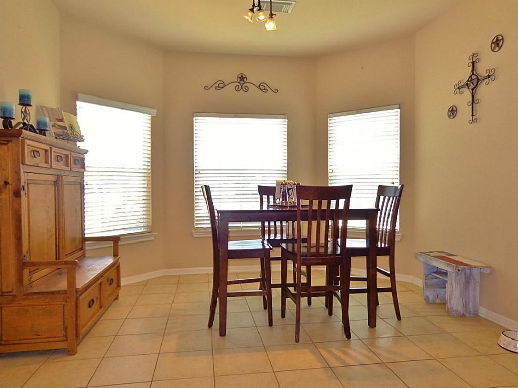 Option Pending   201 Summer Pine Court Conroe, Texas 77304 7