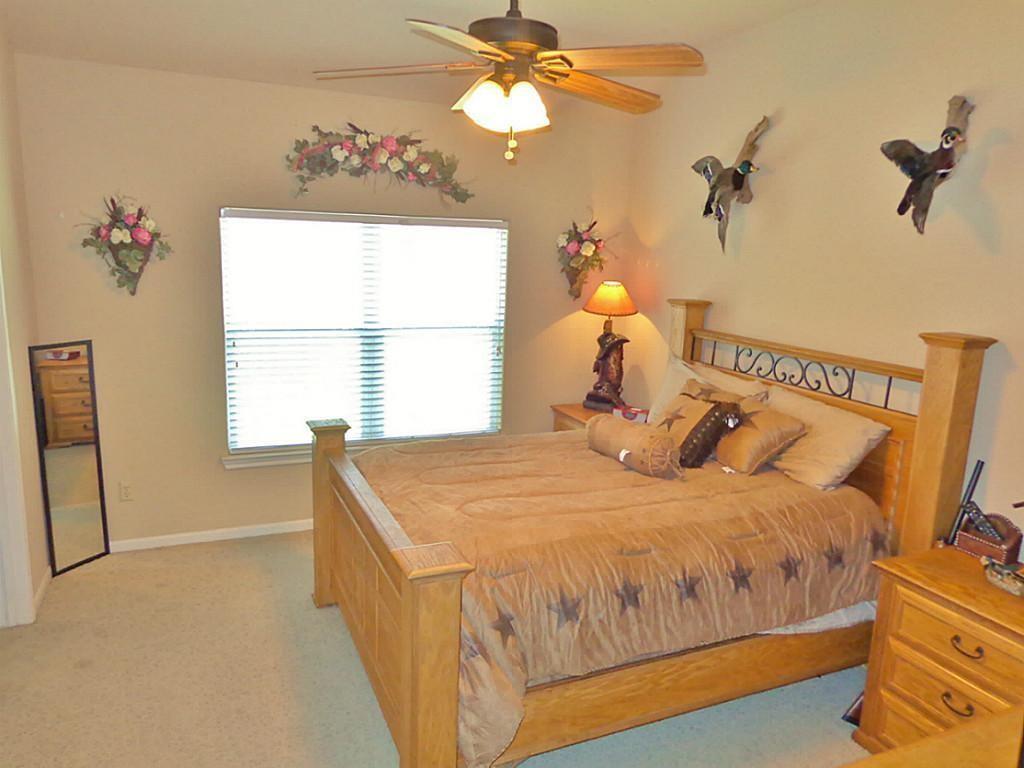 Option Pending   201 Summer Pine Court Conroe, Texas 77304 8