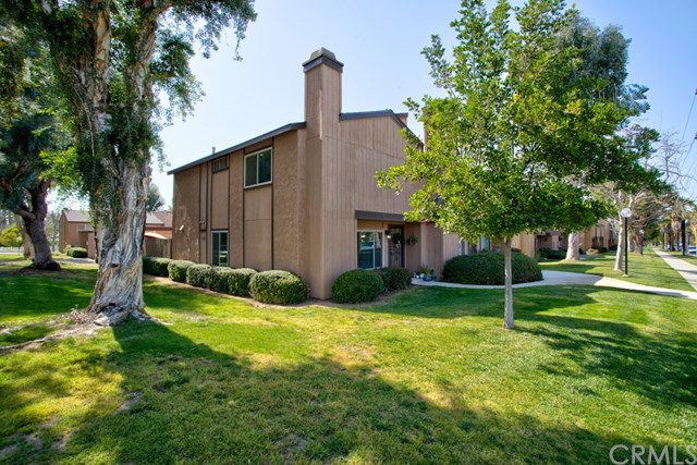 Closed | 19 N Center Street Redlands, CA 92373 1