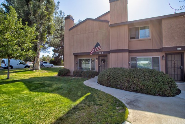 Closed | 19 N Center Street Redlands, CA 92373 4