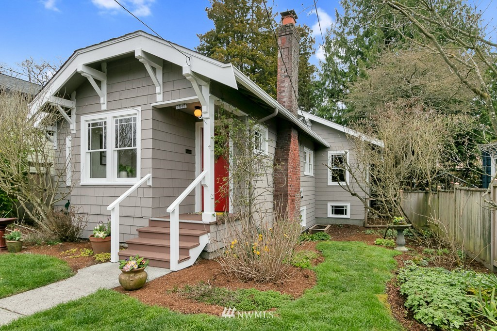 Sold Property | 7546 17th Avenue NW Seattle, WA 98117 1