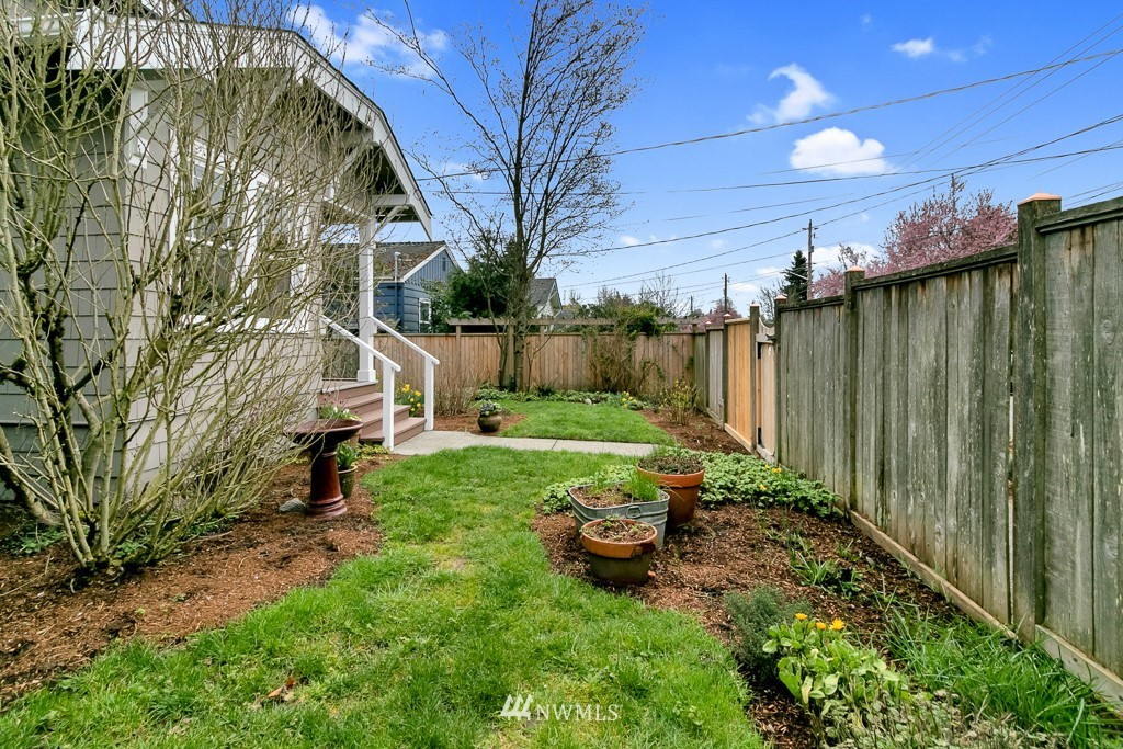 Sold Property | 7546 17th Avenue NW Seattle, WA 98117 22