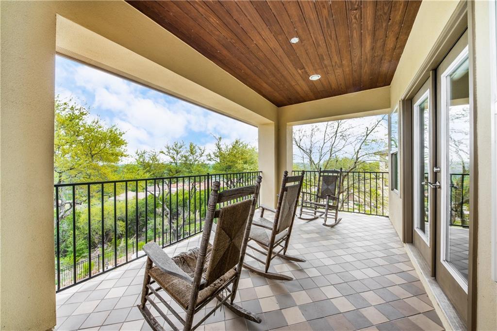 Pending | 11525 Shadestone Terrace Austin, TX 78732 26