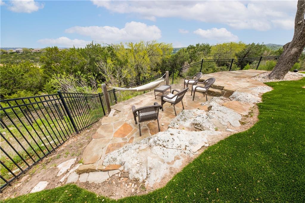 Pending | 11525 Shadestone Terrace Austin, TX 78732 36