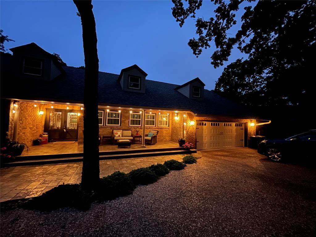 Active | 2416 Briarwood Drive Grapevine, Texas 76051 5