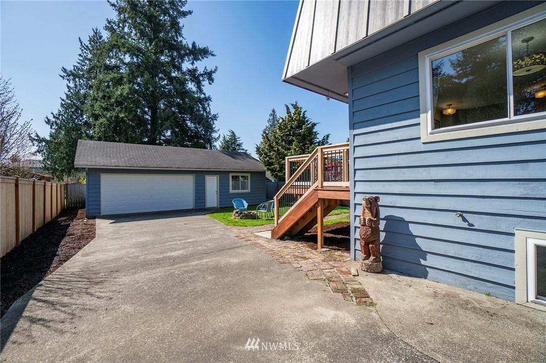 Sold Property | 413 N 127th Street Seattle, WA 98133 1
