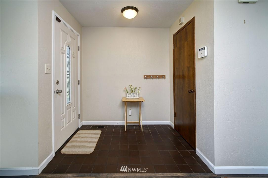 Sold Property | 413 N 127th Street Seattle, WA 98133 6