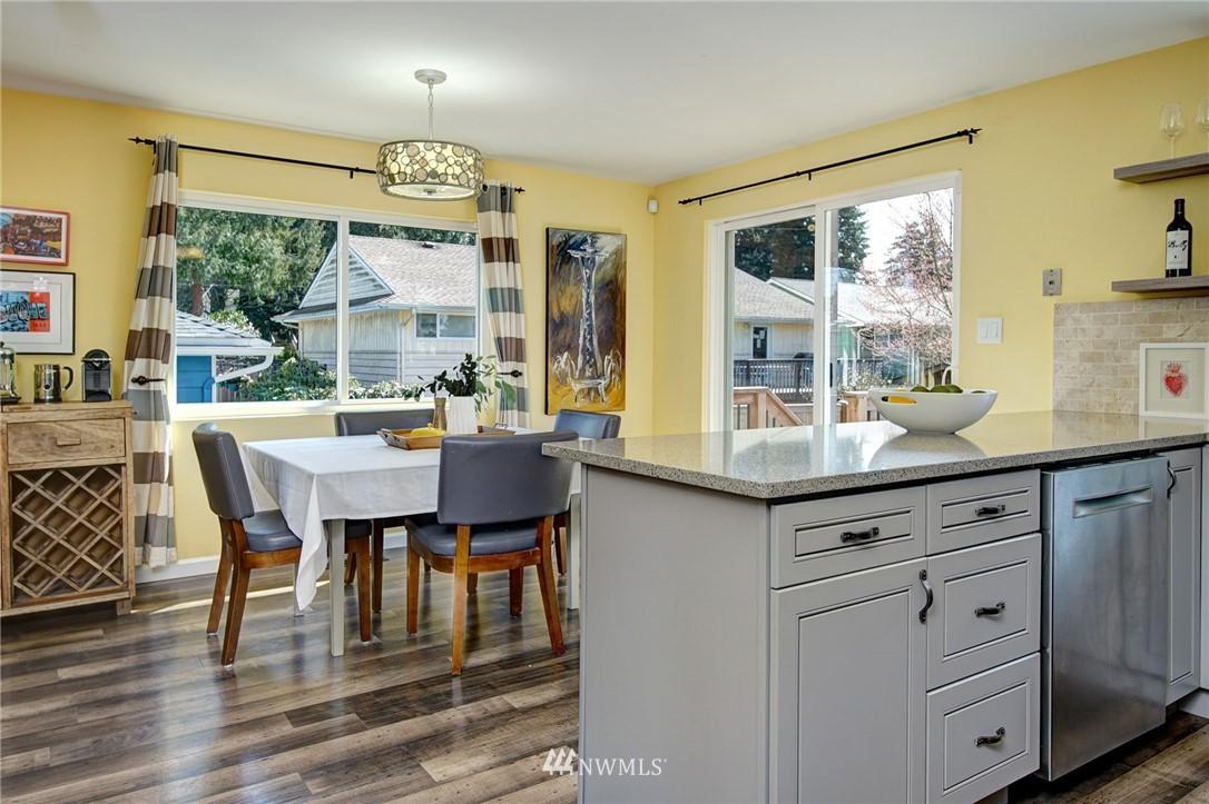 Sold Property | 413 N 127th Street Seattle, WA 98133 11