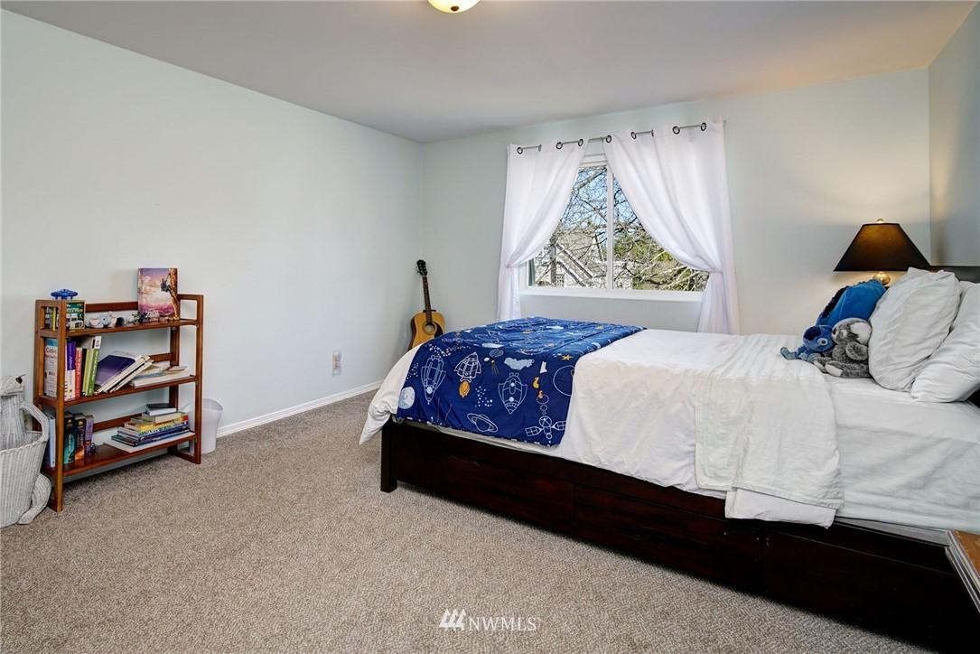 Sold Property | 413 N 127th Street Seattle, WA 98133 20