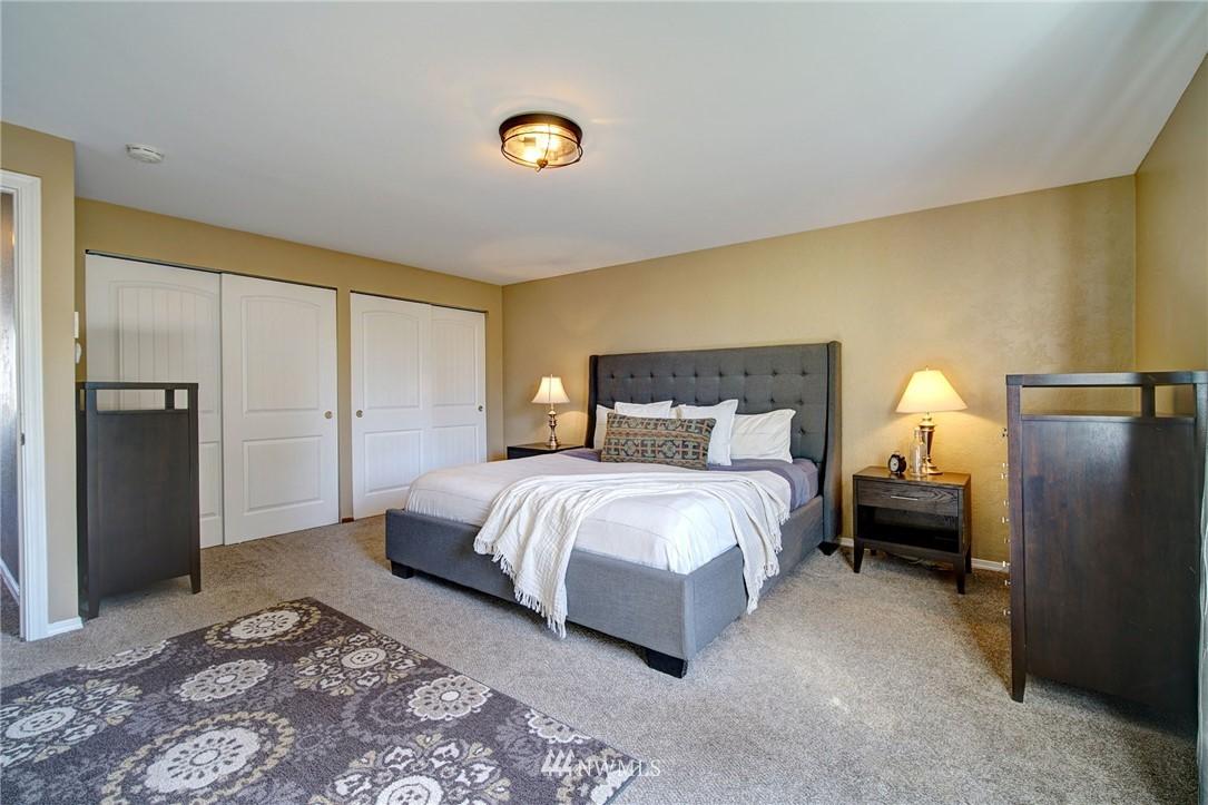 Sold Property | 413 N 127th Street Seattle, WA 98133 16