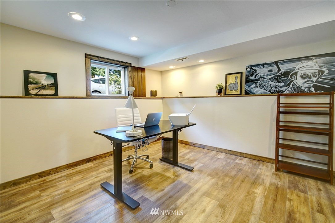 Sold Property | 413 N 127th Street Seattle, WA 98133 27