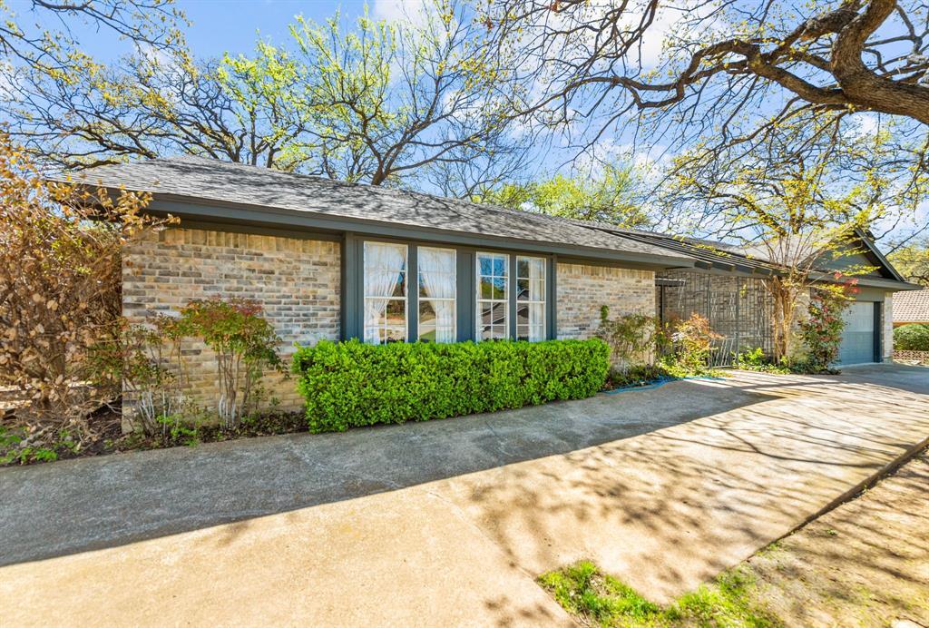 Active | 2816 Lakeshore Drive Arlington, Texas 76013 1