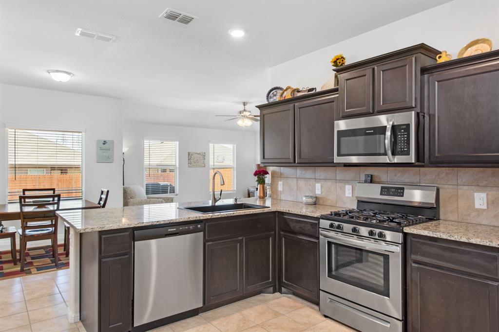 Sold Property | 6909 Cruiser Lane Fort Worth, Texas 76179 3