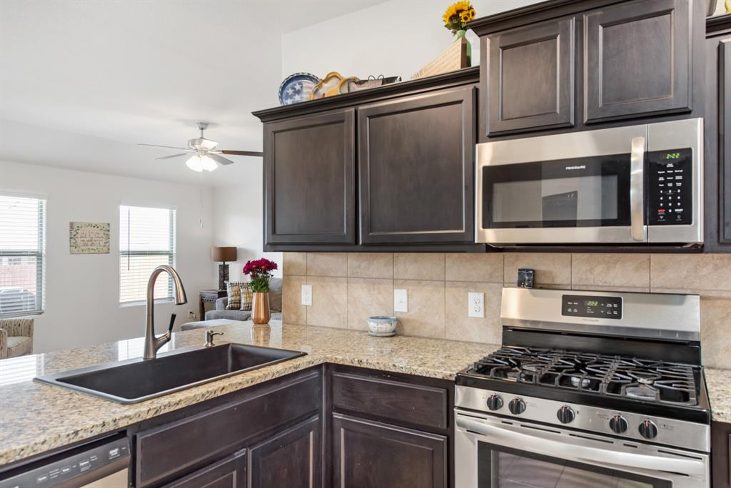 Sold Property | 6909 Cruiser Lane Fort Worth, Texas 76179 5
