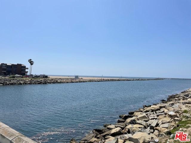 Active Under Contract | 6209 Pacific Avenue #101 Playa del Rey, CA 90293 6