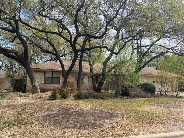 Closed   204 Oakwood Drive Georgetown, TX 78628 0