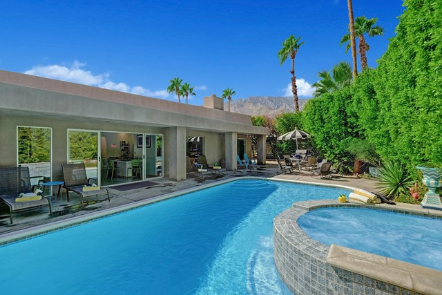 Closed | 766 E Spencer Drive Palm Springs, CA 92262 1