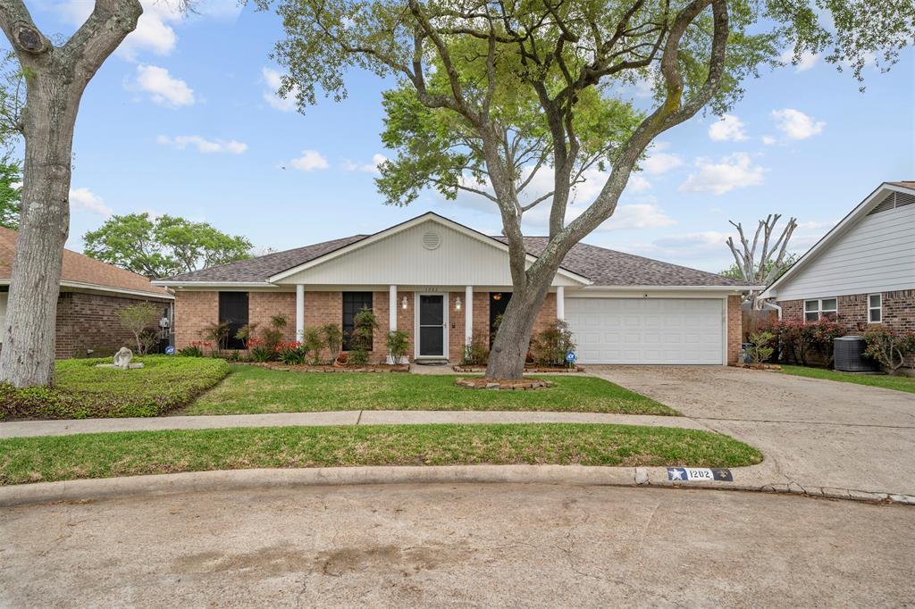Pending | 1202 Judy Lane Baytown, Texas 77521 0