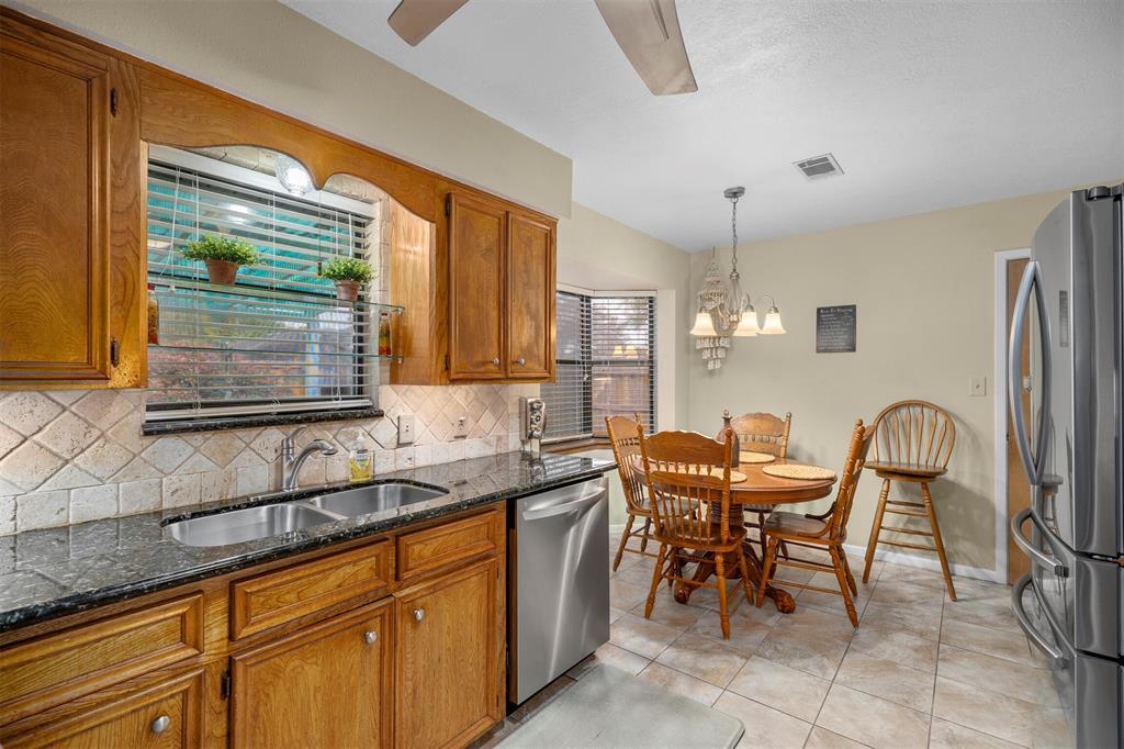 Pending | 1202 Judy Lane Baytown, Texas 77521 10