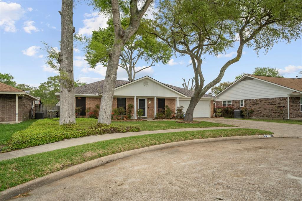 Pending | 1202 Judy Lane Baytown, Texas 77521 2