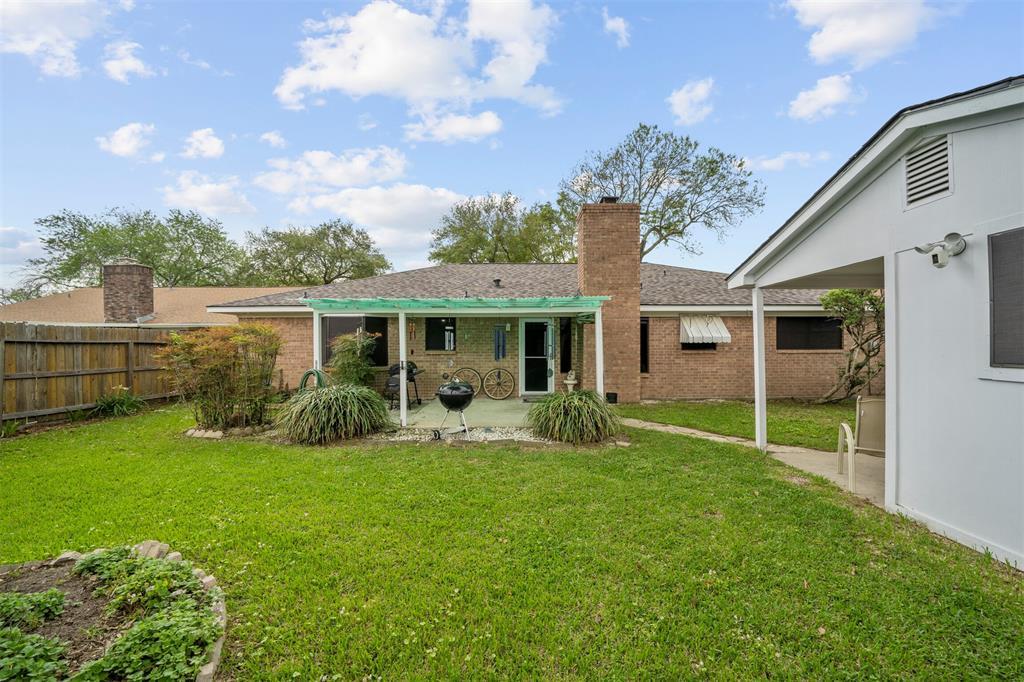 Pending | 1202 Judy Lane Baytown, Texas 77521 25