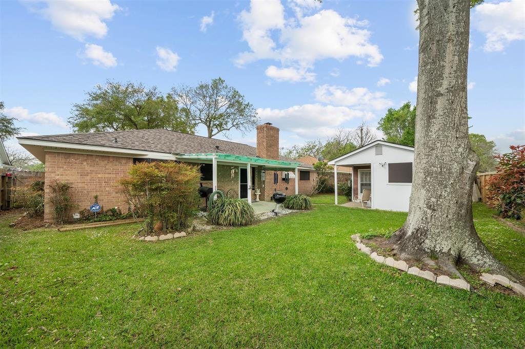 Pending | 1202 Judy Lane Baytown, Texas 77521 26