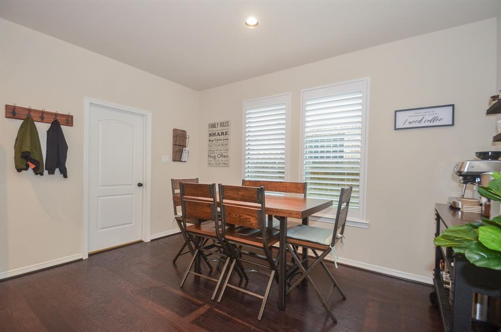 Pending | 2955 Jade Springs Lane Pearland, Texas 77584 10