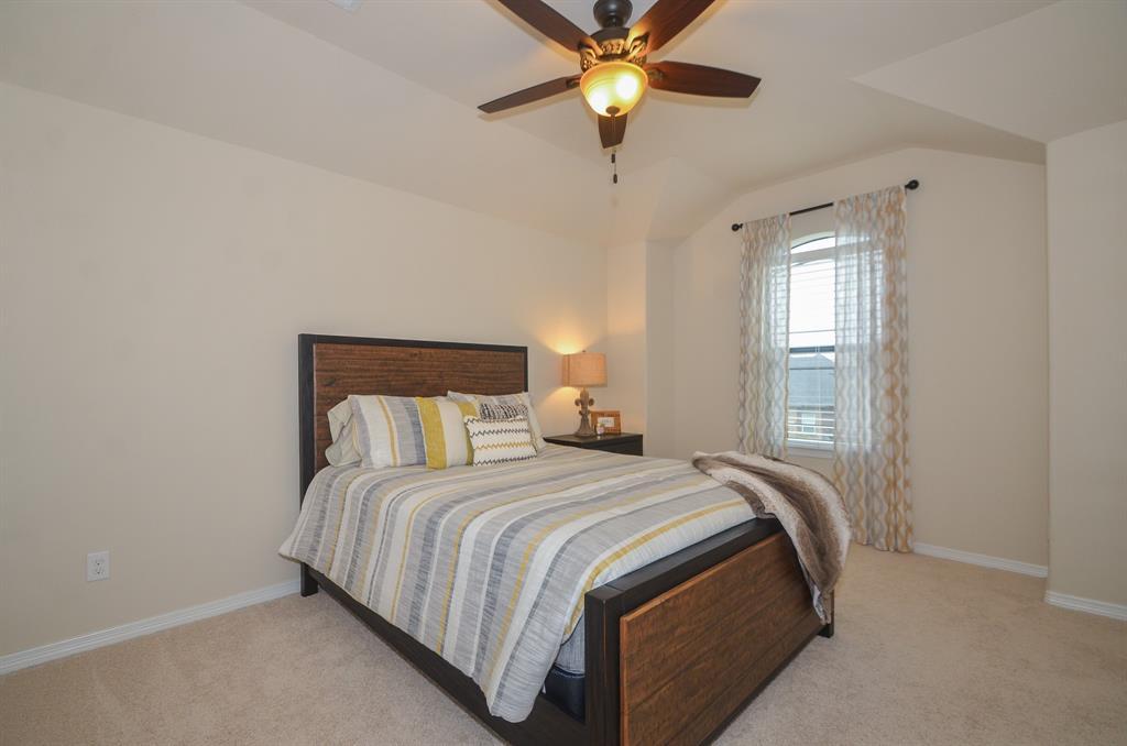Pending | 2955 Jade Springs Lane Pearland, Texas 77584 27