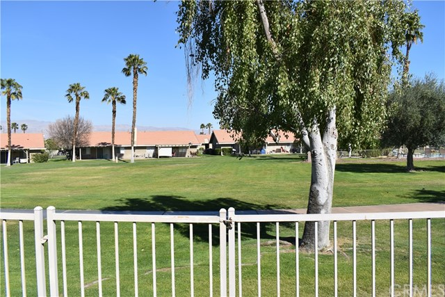 Pending   44256 W Sundown Crest Drive La Quinta, CA 92253 14
