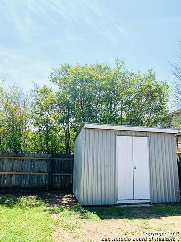 Active Option | 6823 STILL LK San Antonio, TX 78244 18