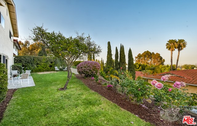 Active Under Contract | 26910 Lunada Circle Drive Rancho Palos Verdes, CA 90275 26
