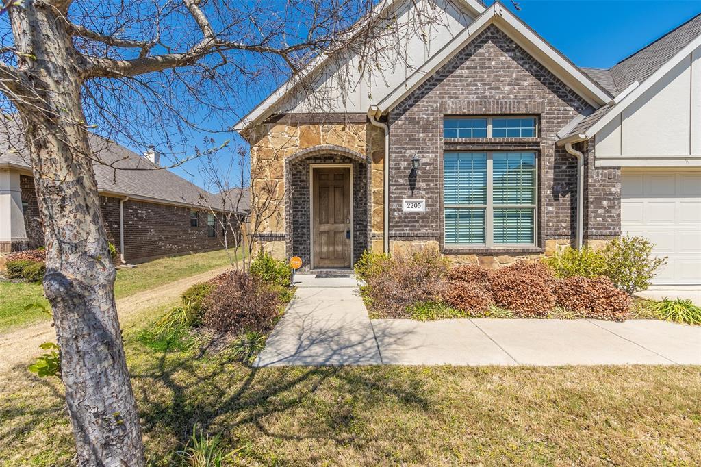 Pending | 2205 Gregory Creek Drive Little Elm, Texas 75068 3