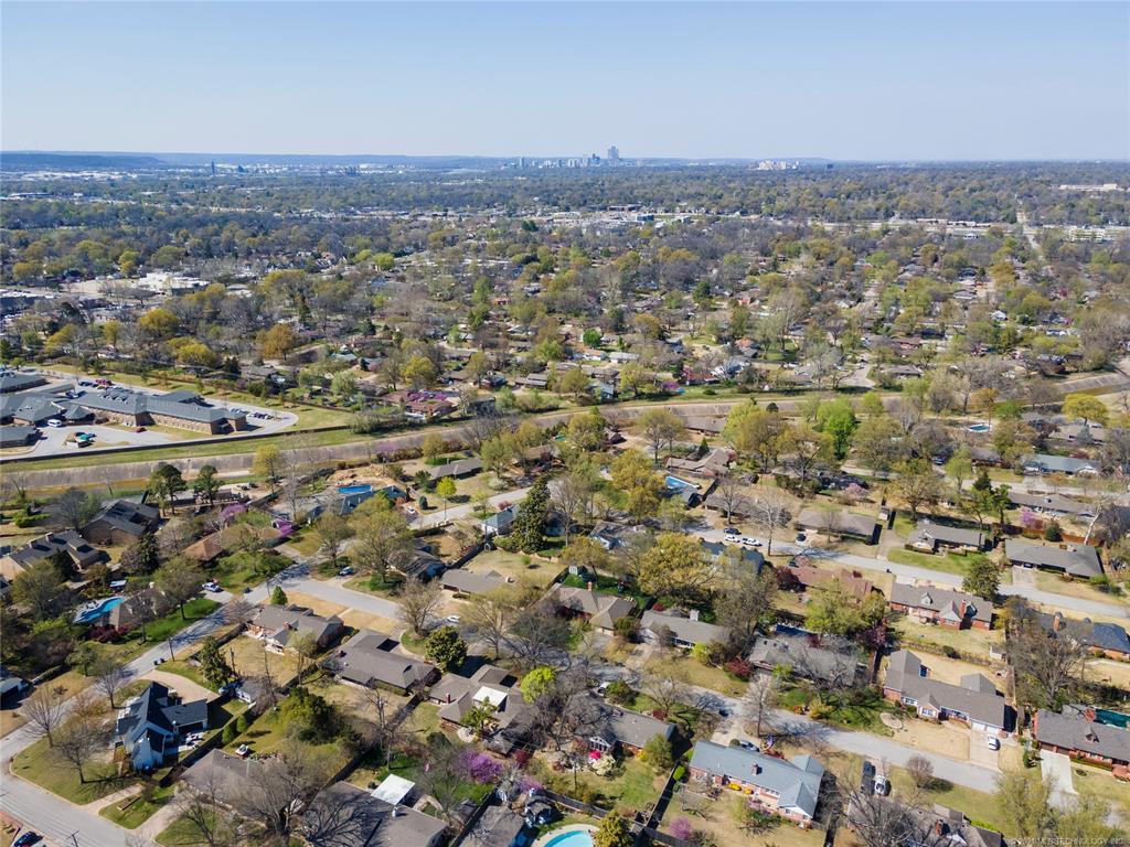 Off Market | 2626 E 58th Street Tulsa, Oklahoma 74105 34