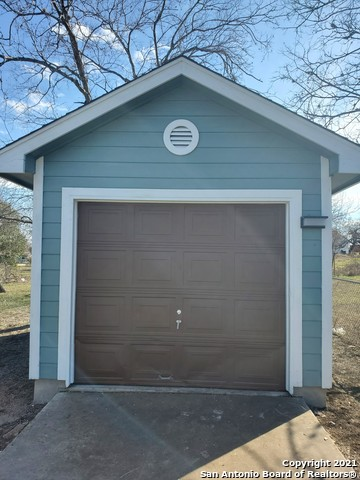 Active Option | 238 CORLISS San Antonio, TX 78220 4