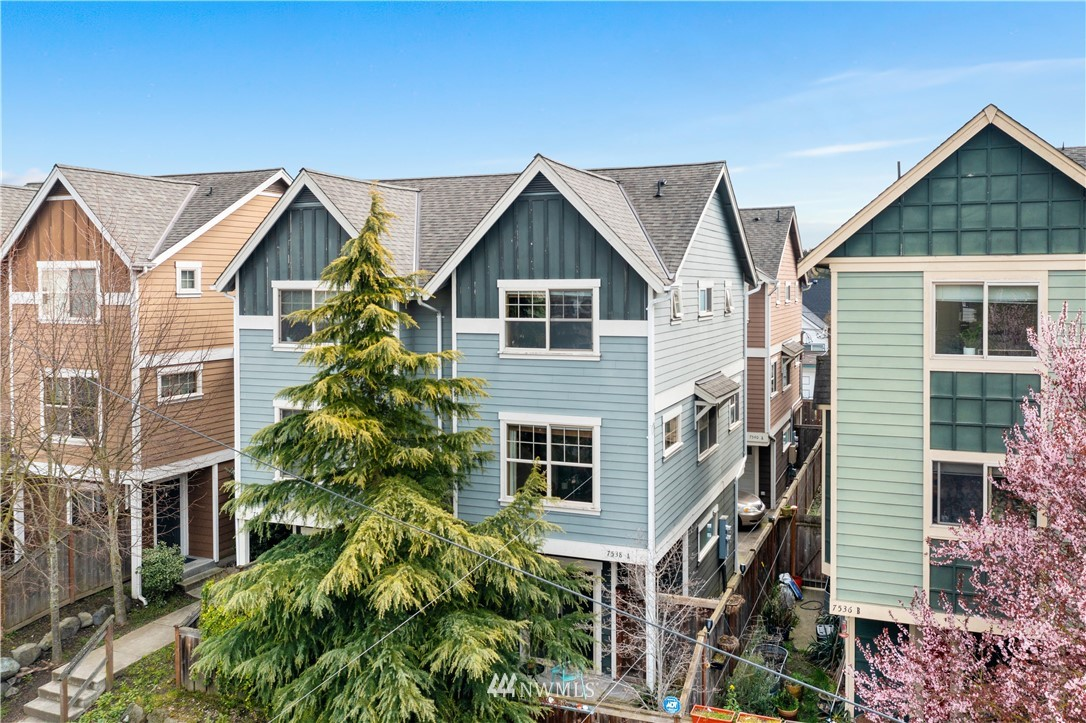 Sold Property | 7538 24th Avenue NW #A Seattle, WA 98117 0