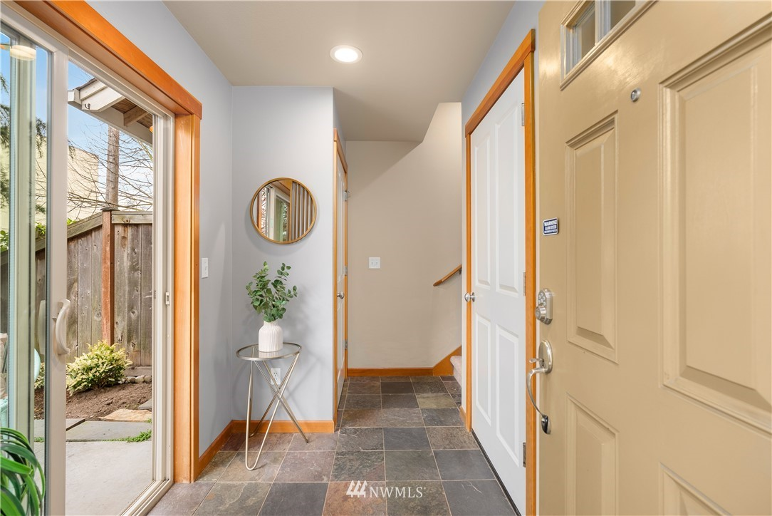 Sold Property | 7538 24th Avenue NW #A Seattle, WA 98117 2
