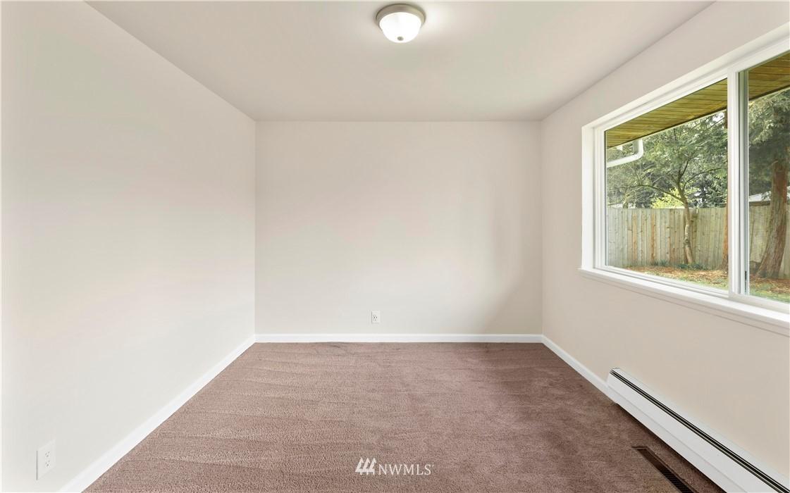 Sold Property   16727 5th Avenue NE Shoreline, WA 98155 7