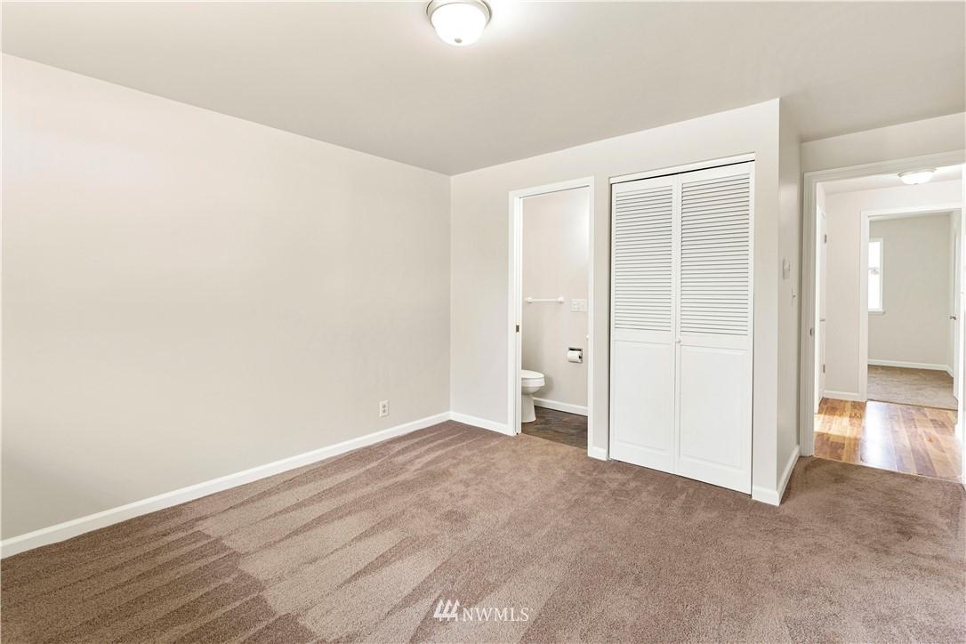 Sold Property   16727 5th Avenue NE Shoreline, WA 98155 11