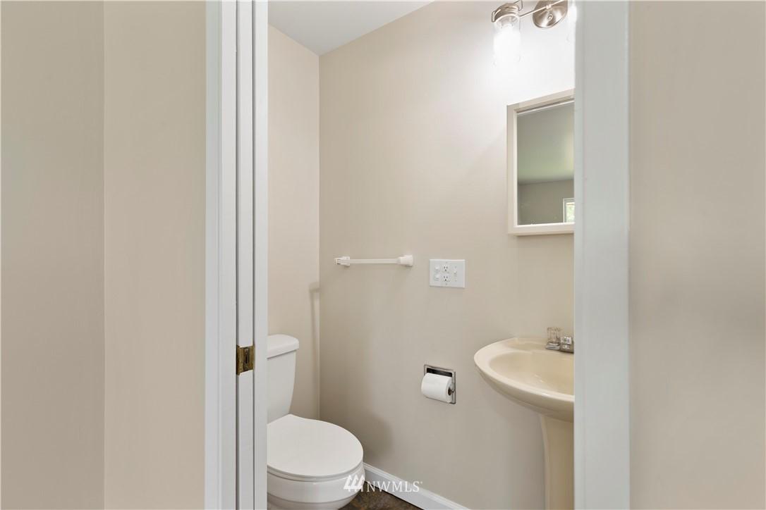 Sold Property   16727 5th Avenue NE Shoreline, WA 98155 6