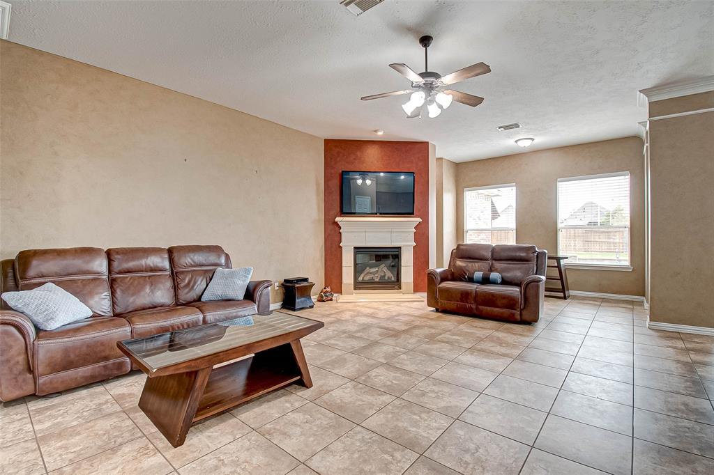 Pending | 2506 Monarch Terrace Drive Katy, Texas 77494 12