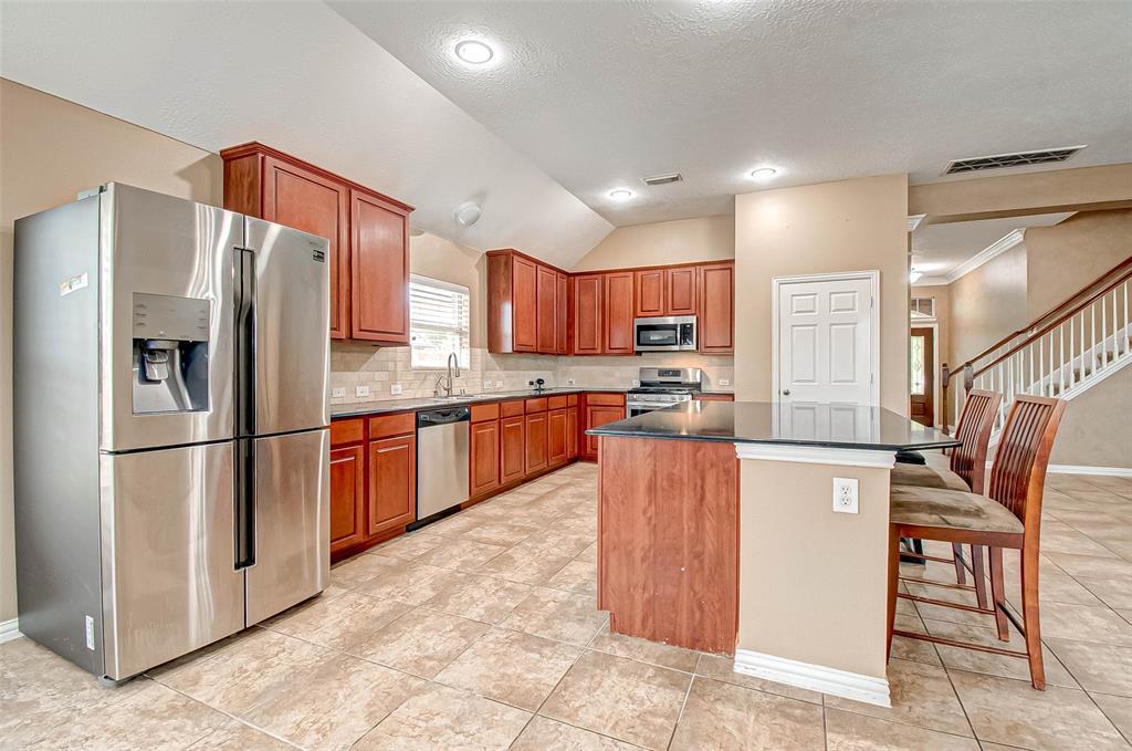 Pending | 2506 Monarch Terrace Drive Katy, Texas 77494 17