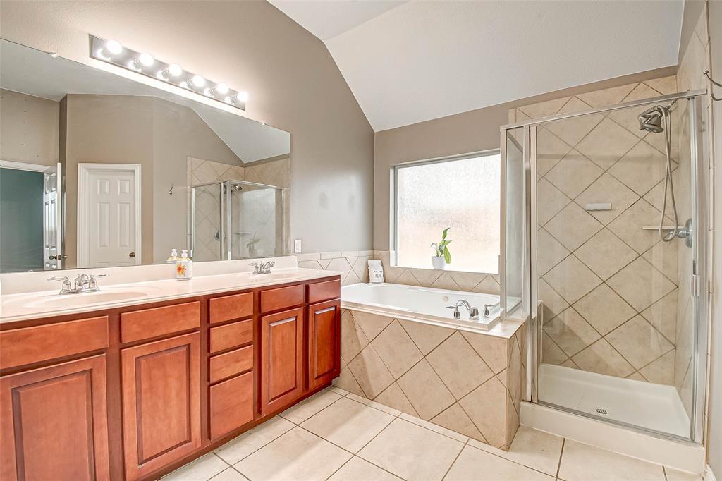 Pending | 2506 Monarch Terrace Drive Katy, Texas 77494 28
