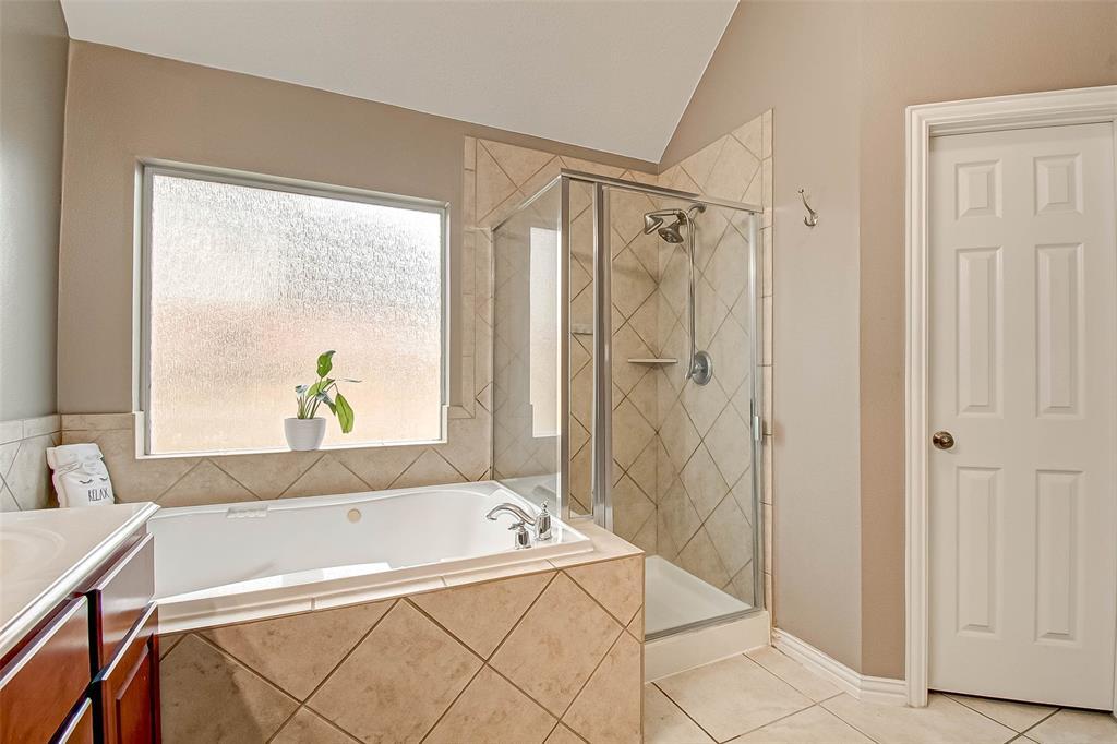Pending | 2506 Monarch Terrace Drive Katy, Texas 77494 29