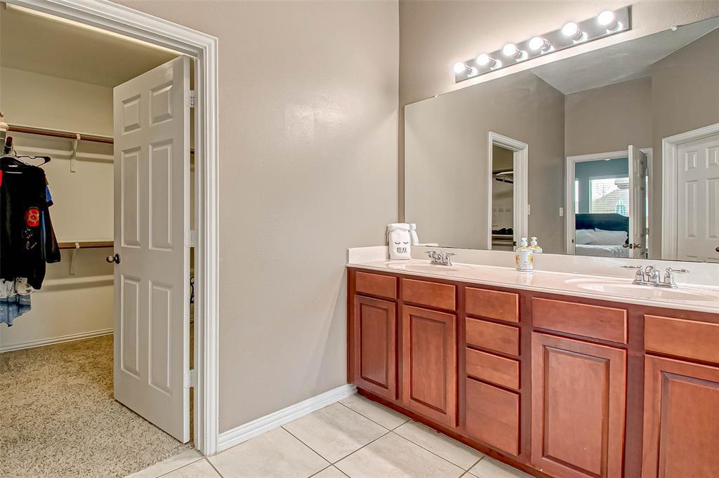 Pending | 2506 Monarch Terrace Drive Katy, Texas 77494 30