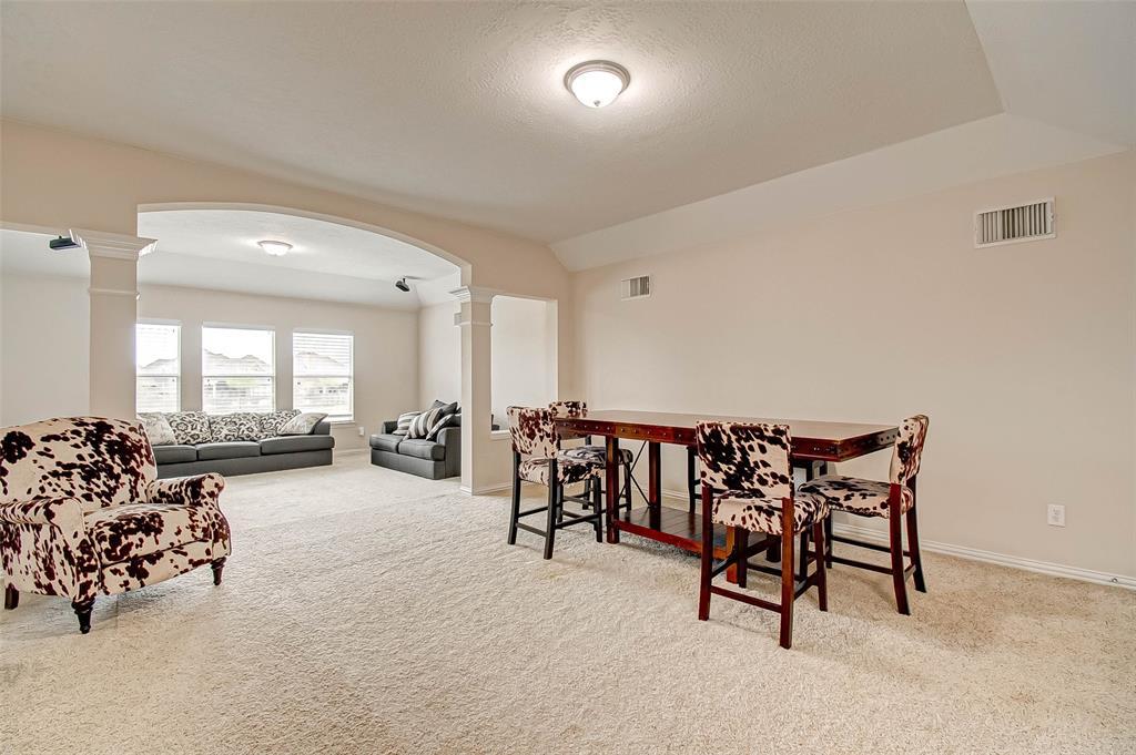 Pending | 2506 Monarch Terrace Drive Katy, Texas 77494 34