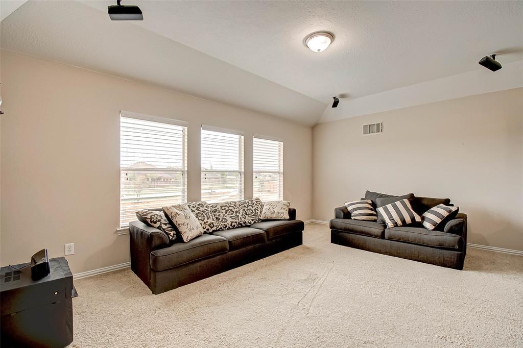 Pending | 2506 Monarch Terrace Drive Katy, Texas 77494 38