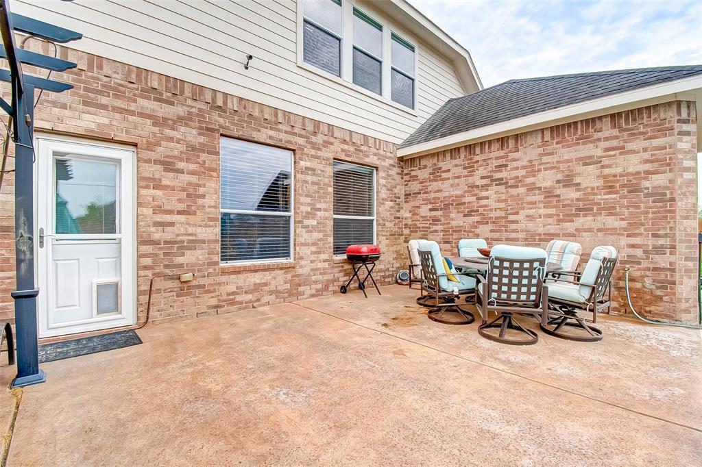 Pending | 2506 Monarch Terrace Drive Katy, Texas 77494 40